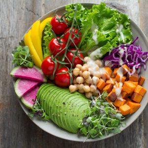 Czy warto decydować się na catering dietetyczny?