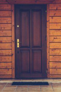 Różne rodzaj drzwi – jakie najlepiej kupić?